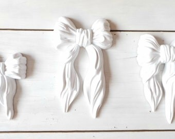 Vintage shabby chic wall hanging cottage chic white homco