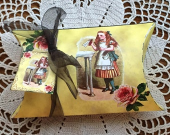 Alice In Wonderland Set of TWO Pillow Box Templates with Tags-CHaRMiNG PRiMiTiVE DeSIGN- INSTaNT DOWNLoAD- 2 Printable JPG Digital Files