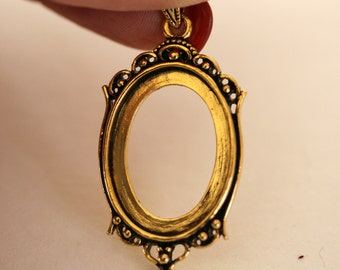 25x18MM Antiqued Gold Finished Brass Cabochon Holder Pendant