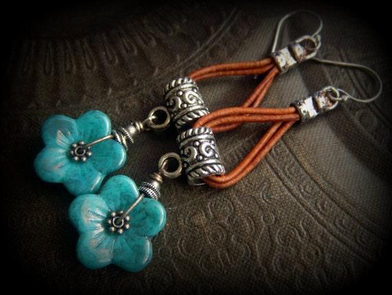 Rustic Flowers Czech Glass tibetan Silver Leather Hoop