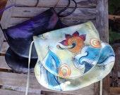 VINTAGE...white Fancy Nancy purse handbag ~ painted art ~ Easter vintage special - boho floral
