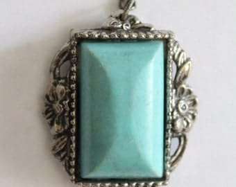 ONLY ONE - Vintage faux turquoise silver pendant