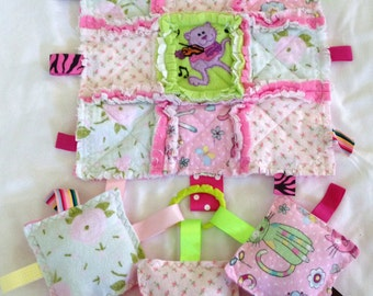 Rag Quilt  Lovey Taggie  Blanket  Security Flannel Baby Girl Toddler Gift Set  3 Crinkle  Squares Toys