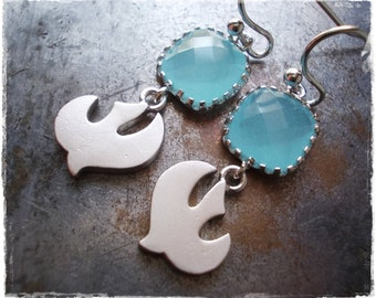 Seagull earrings silver, pacific opal blue, sea gull earrings, blue glass drops with birds, white gold silver plated nautical earrings women