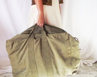 Vintage Army XL Duffel Bag - Eastern Canvas 1963 - Oversize Huge Laundry Luggage