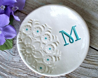 Bridesmaid Lace Initial Bowl, Bridesmaid Gift, Gift Dish, Ring Bowl, Ring Dish, Jewelry Bowl,Trinket Dish, Personalized Gift, Wedding Gift
