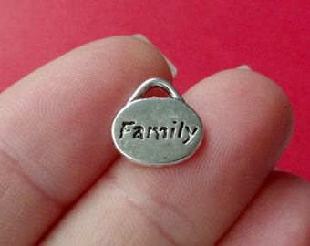 "10 ""Family"" Charms 11x11mm"