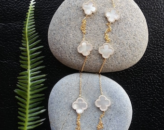 Mothers Day Sale, Long Clover Necklace, Shell Necklace, Long Necklace, Mother of Pearl Necklace, Long Silver Necklace