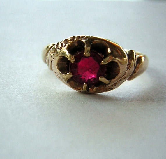 Antique 1800s Ring Victorian Gold & Spinel Engraved 1894