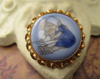 Bing Grondahl B&G Royal Copenhagen Porcelain Brooch pendant