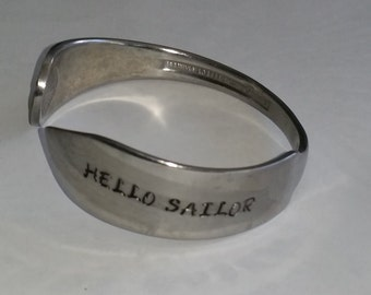 hello sailor  stainless steel shell knife bracelet