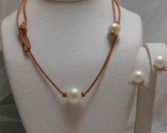 Solitaire  Genuine White Pearl Necklace with Pearl toggle clasp and earrings set on Leather