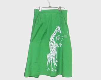 1970s skirt / 70s skirt / medium m / giraffe / Mod Safari Kelly Green Wrap Skirt