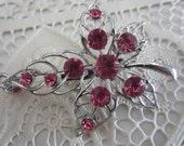 New Vintage style brooch pink rhinestones leaf design, silver finish metal (brooch 8)