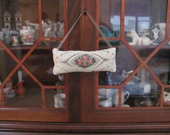 Old Antique Lace, Lovely Lavender Filled Sachet, Potpourri