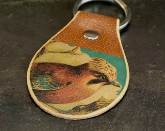 Bird leather keychain