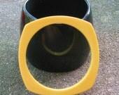 Bakelite Butterscotch Bangle Spacer Bracelet