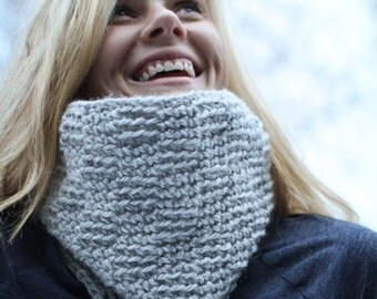 Crochet Cowl Pattern - Delicate Textures Cowl (4in1)