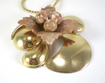 Gold Mother Of Pearl Necklace Pendant - Abstract Necklace - Vintage Jewelry - Mosaic Flower Necklace
