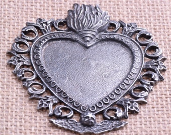 Flaming Heart pendant, Antique Silver Finish, P4406
