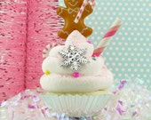 "Gingerbread Man Fake Cupcake ""Gingerbread Man in Candyland Collection"" CandyLand Christmas Decor 12 Legs Signature Design"