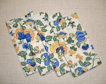 SALE - 25% OFF! Blue & Yellow Floral Cotton Cloth Dinner Napkins, Set of 4 Napkins, Eco Friendly Re-usable Cloth Napkins, Made in the USA
