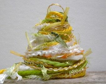 daisy chain fringe effects™  art yarn bundle 21yds specialty yarn sampler pack fiber art kit ribbon embellishments . yellow green white