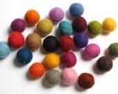 1.5CM Felt Balls/25-Piece - Creative Color Pack