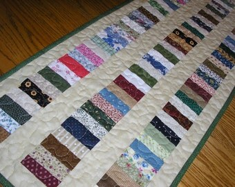 Quilted Table Runner, Traditional Stacked Coins, 15 1/2 x 38 inches