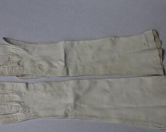 Vintage White Kid Leather Three Quarter Gloves