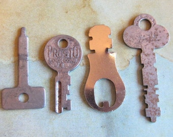 Skeleton Keys - Vintage Antique keys-  Barrel keys- Steampunk - Altered art v6