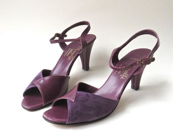 vintage Amalfi by Rangoni Plum Leather and Grape Suede Peep Toe Pumps / Made in Italy