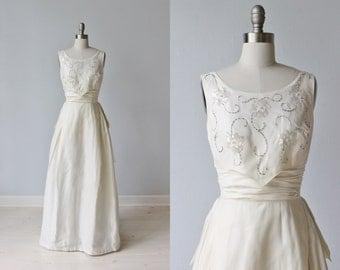 1960s Wedding Dress / Sheath Wedding Dress / Sleeveless / A -Line / The Moon and Stars
