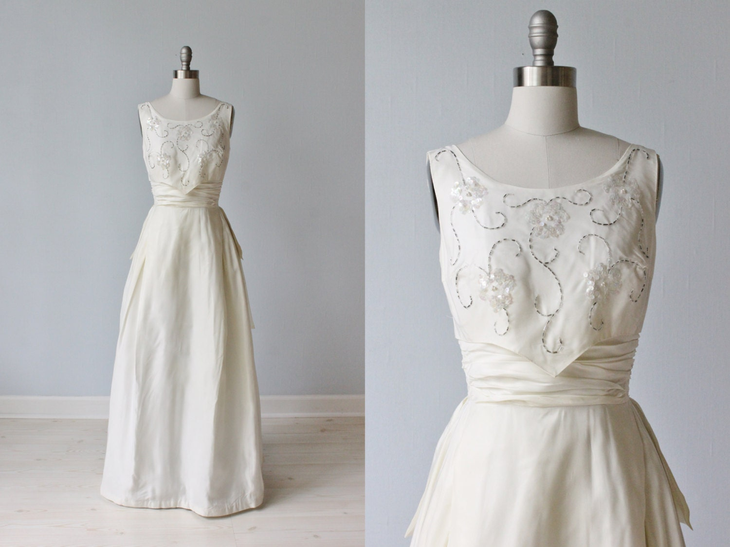1960s Wedding Dress / Sheath Wedding Dress / Sleeveless / A