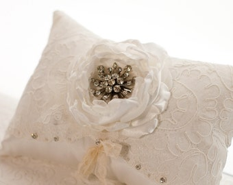 Wedding Ring Pillow, vintage style wedding lace ring bearer pillow, vintage brooch, rhinestones ivory cream off white flower