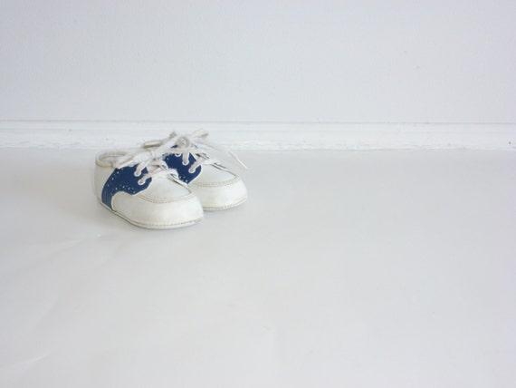 vintage blue and white saddle shoes