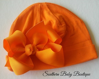NEW----Boutique Hospital Pictures Baby Girl Knit Beanie Cap with Hairbow Clip Set----Orange----Fits 0-6 Months