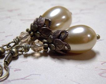 Glass Pearl Earrings, Teardrop Pearl Dangle Earrings, Champagne Swarovski Crystals, Antique Brass Victorian Earrings, Downton Abbey Earrings