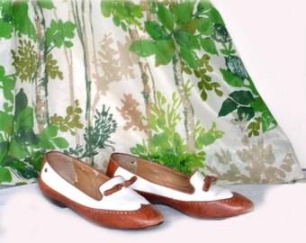 Etienne Aigner Shoes Vintage 80s Flat Oxfords Sz 5 Costume