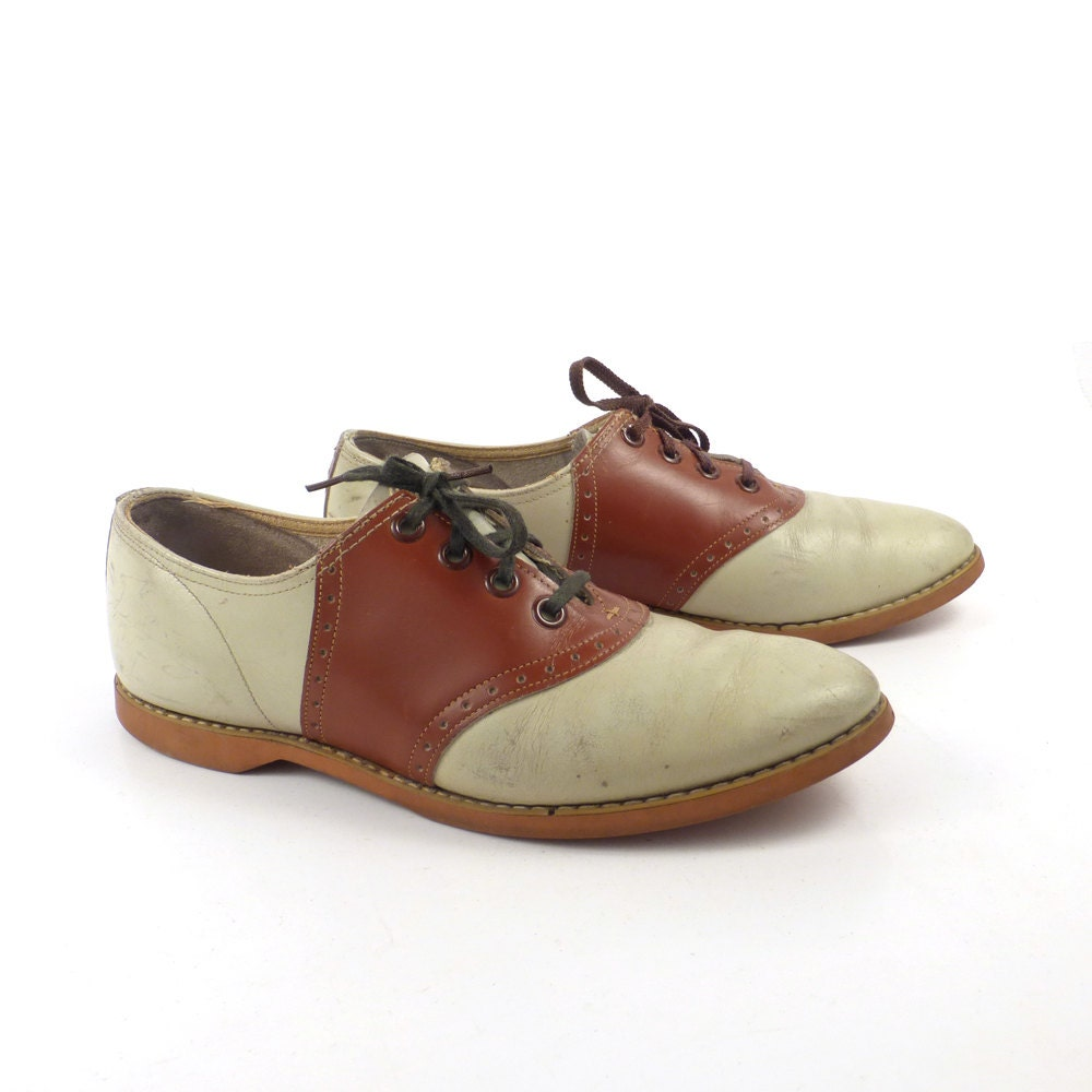 saddle shoes vintage 1960s brown leather oxfords s