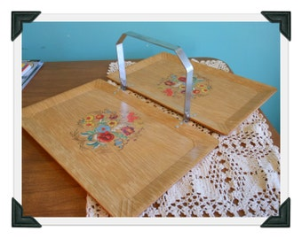 Vintage Haskelite Tuck Away Folding Serving Luncheon Cookie Tray Retro Kitchenware Floral
