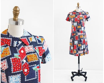 "vintage 1960s dress / 60s dress / ""I Like You America"" Novelty Print Mod Dress"