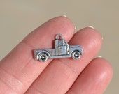 1  Silver Pick Up Truck Charm SC1376