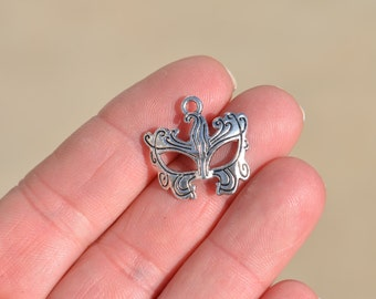 10  Silver Mask  Charms SC2516