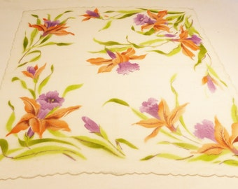Hanki flower print cotton vintage 50's handkerchief flowers on white background scalopted edge