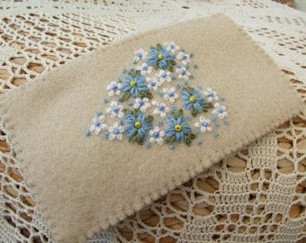 Felt Hand Embroidered Glasses Case