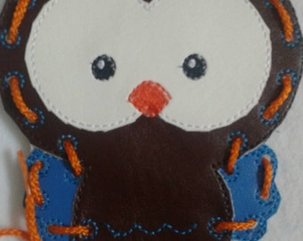 Owl Lacing Card -  Quiet Toy - Vinyl - busy toy - learning toy - educational