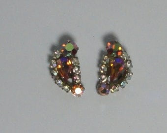 Gold tone Orange AB Rhinestones Clip On Earrings.