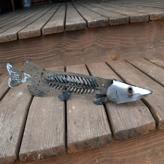 Metal pike sculpture cabin fish decor lodge pike artwork for Metal fish art wall decor