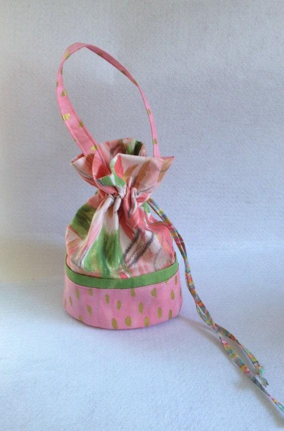 Knitting Pattern Small Drawstring Bag : Sock Knitting Project Bag, small drawstring bag, pink and metallic gold Iza P...
